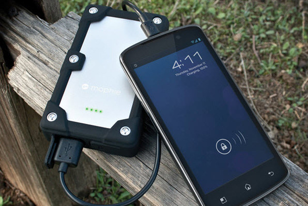 Smart Phone Accessories To Keep Your Investment Secure, Stylish and Sound