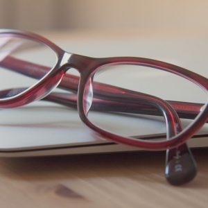 4 Signs You Need to Upgrade Your Glasses